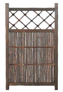 黒竹入庭木戸